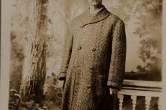 "1907, ""H.D. Bonney, 1907"" [back shows it is a postcard from Rensler's Cincinnatti or Cleveland]"